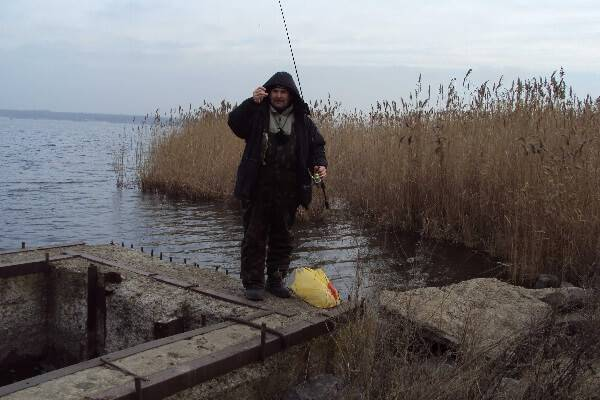 Ловля на водоеме без течения