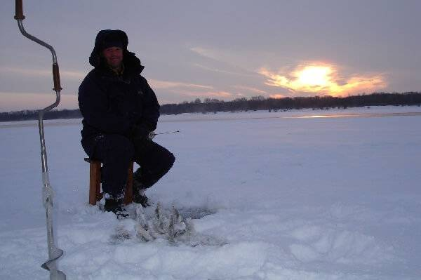 Зимняя рыбалка на Волге