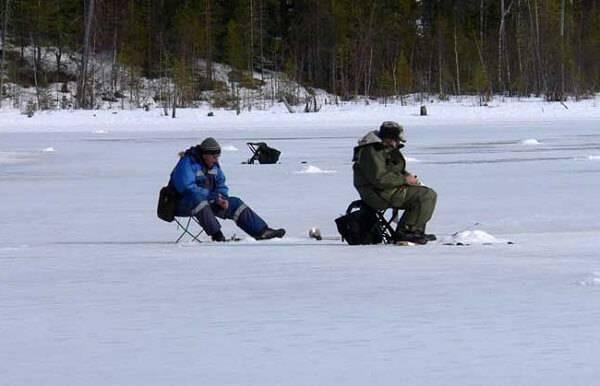 Зимняя рыбалка на озере Балхаш
