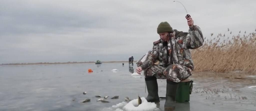 Рыбалка на Волге зимой