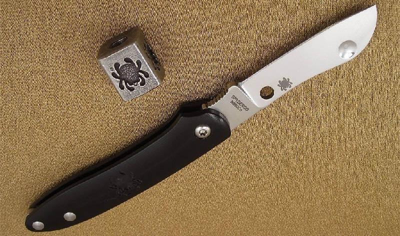 Нож Spyderco Roadie