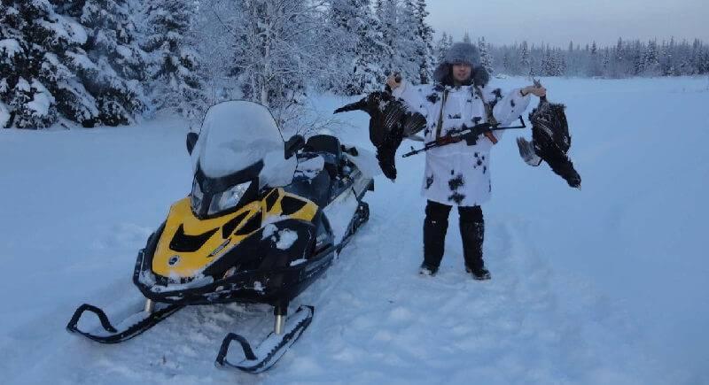 Снегоход без проблем доставит вас к месту охоты по труднопроходимым местам