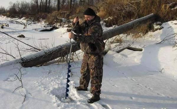 Ловля зимой в коряжнике