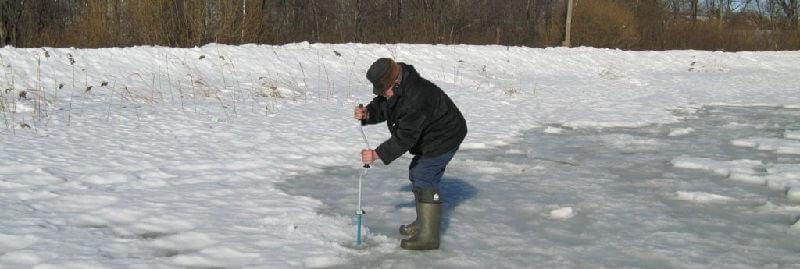 Прибрежная ловля щуки зимой