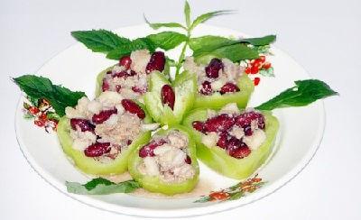 Салат из трески с яблоками