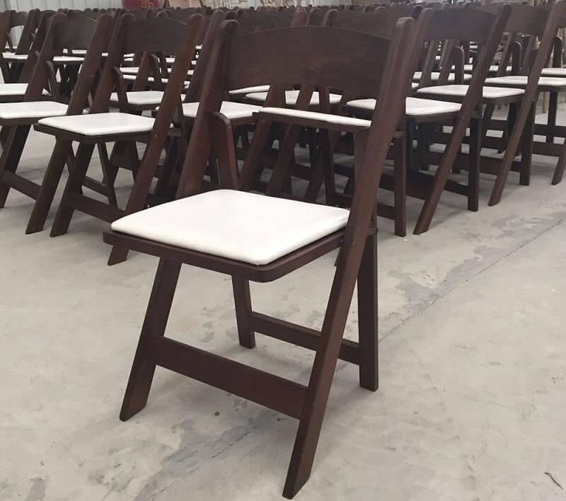 Деревянная стулья