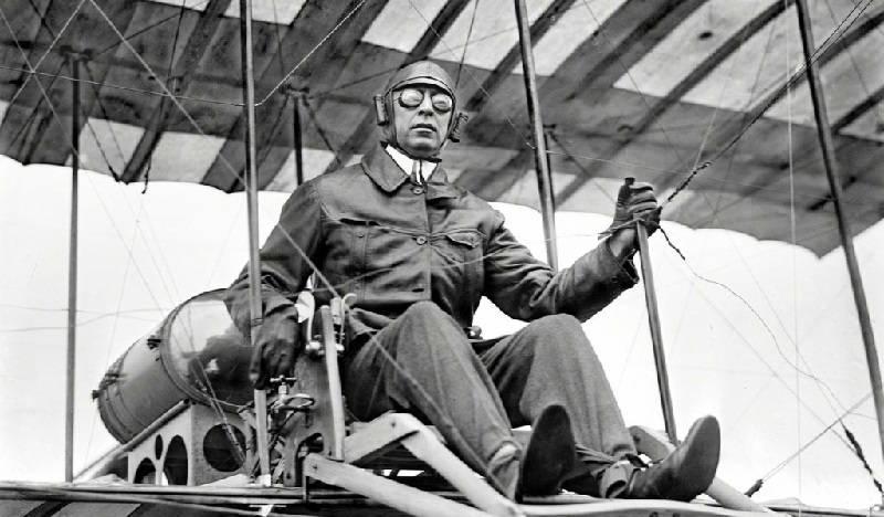 Первые самолеты