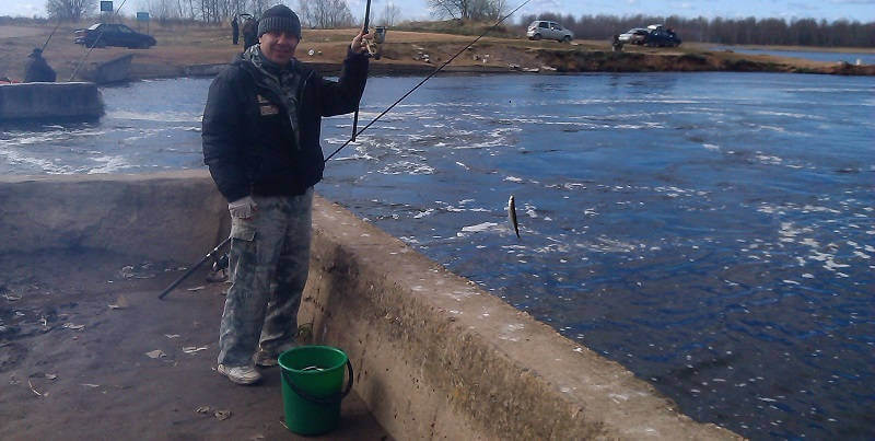 В перерывах между рыбалками