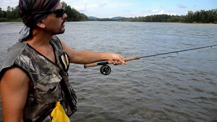 Ловля нахлыстом на озере