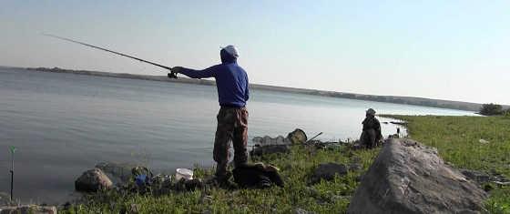Летняя рыбалка на реке Урал видео