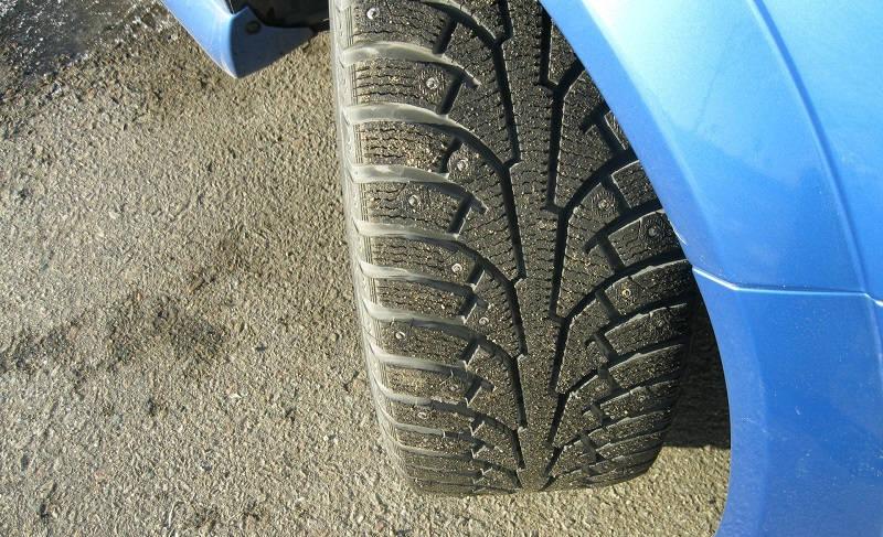 Различия зимних шин