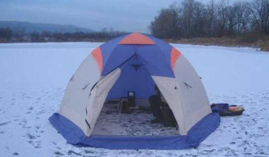 Видео зимней рыбалки в палатке