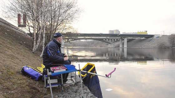 Ловля рыбы ранней весной видео