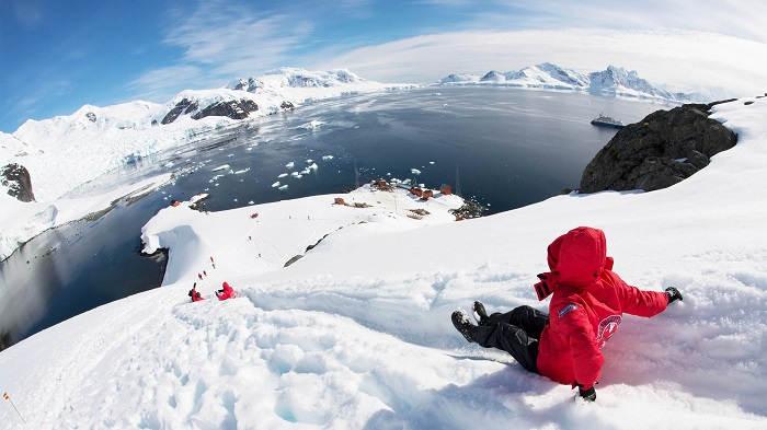 Туризм в Антарктиде