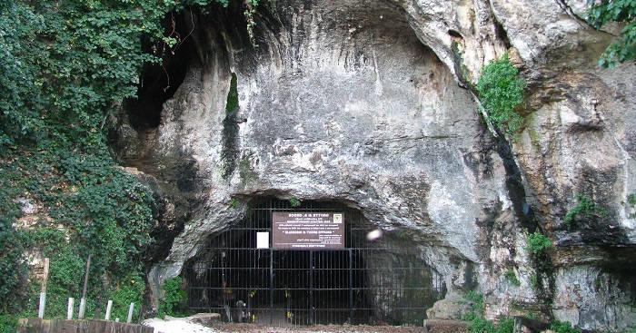 Пещера Santa Croce