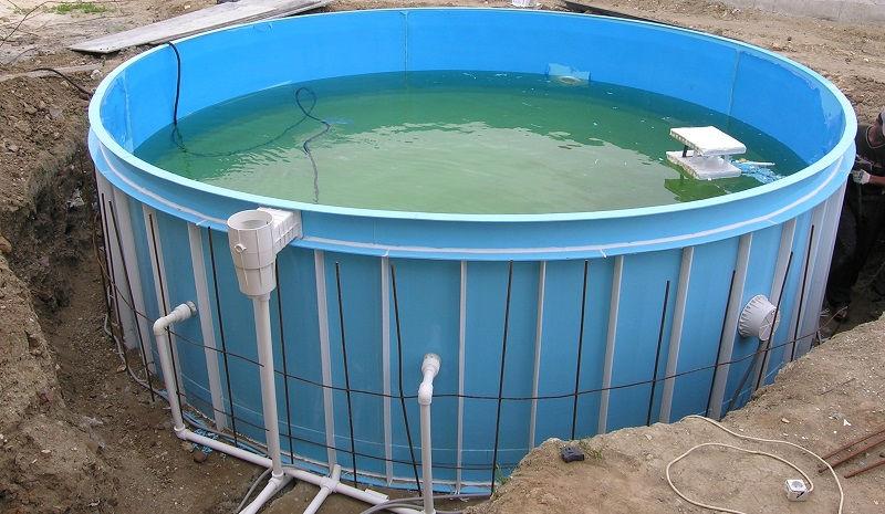 Строительство дачного бассейна