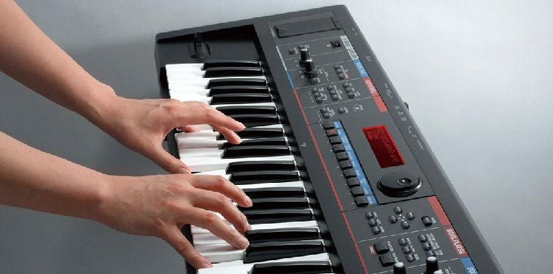 Какой синтезатор выбрать