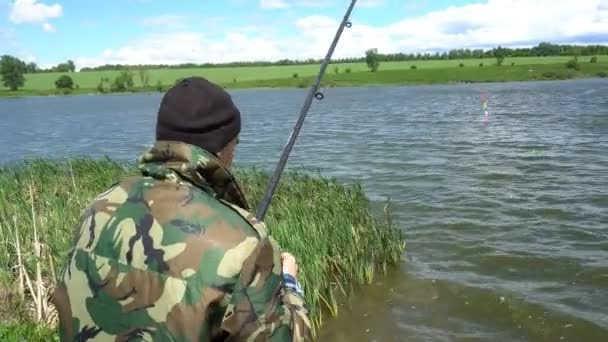 Рыбалка на удочку в мае видео