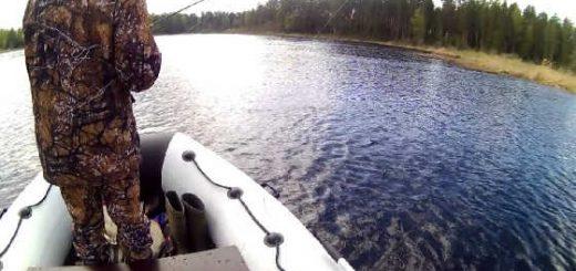 Ловля щуки на спиннинг летом с лодки видео