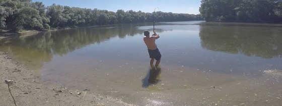 Ловля сома: случай на рыбалке - видео