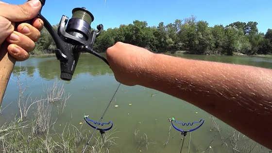 Рыбалка на реке в жару