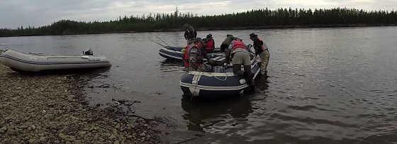 Рыбалка в Якутии с лодки видео