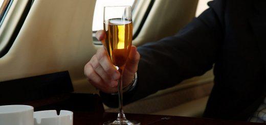 Алкоголь и авиаперелеты