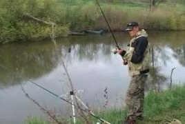 Ловля карася на малой реке весной