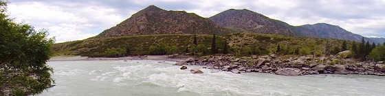 Опасный случай при штурме порога на горной реке