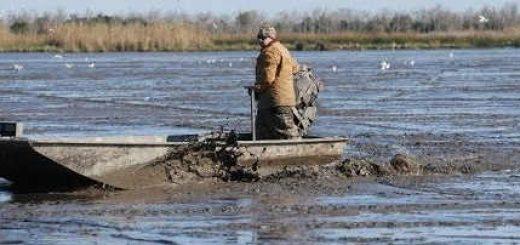 Вылазка на лодке болотоходе