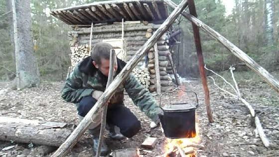 Поход в лесную избушку на две ночи