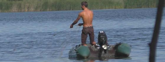 Ловля сеткой на частном пруду