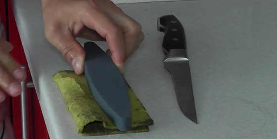 Метод заточки ножа против шерсти