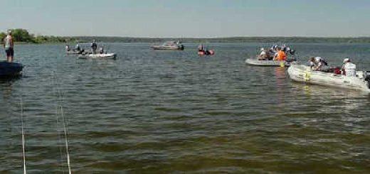 Спиннинг, лодка, водохранилище
