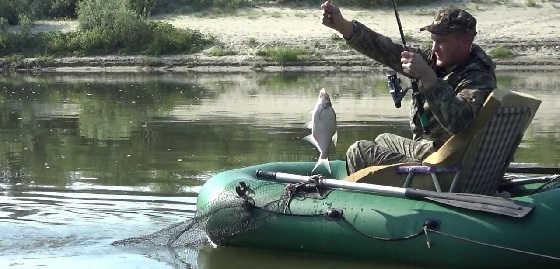 Утренняя рыбалка на реке Дон