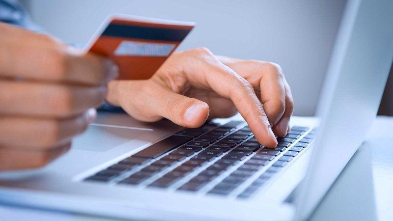 Взять онлайн кредит на карту