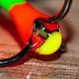 Завлекалка светлячок для ловли окуня на балансир