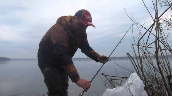 Ловля плотвы весной на фидер