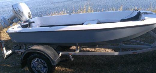 пластиковая лодка под мотор