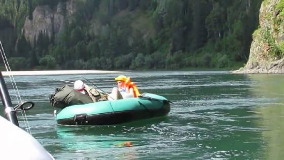 Сплав по реке Кизир