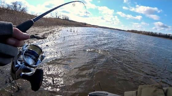 Рыбалка на донку: Прикормка, промер, оснастка