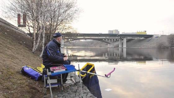 Ловля фидером ранней весной на реке