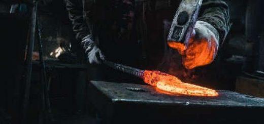 Нож из дамасской стали в 1 000 000 слоёв