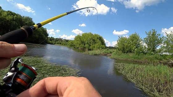 Рыбалка на реке на спиннинг летом