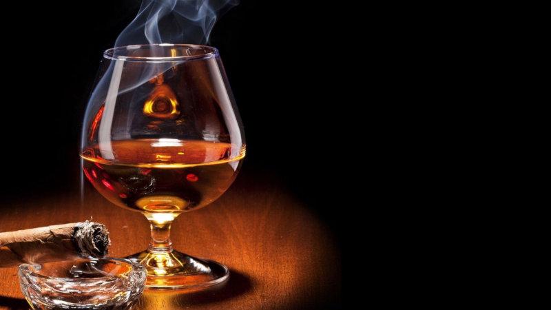 Совмещение крепких алкогольных напитков и интерактивных мероприятий