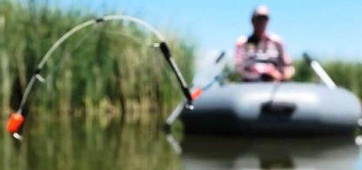 Рыбалка в камыше с лодки на боковой кивок