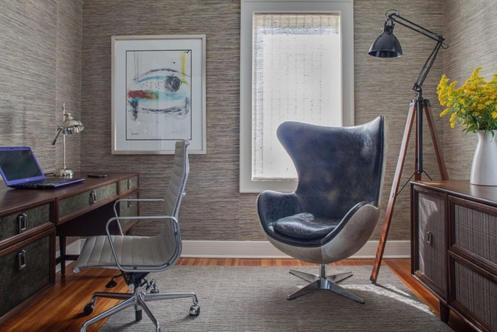 Кресло для дома или офиса