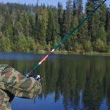 Рыбалка на таёжной реке в Сибири