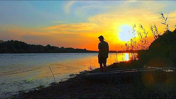 Вечерняя рыбалка на сома в сентябре