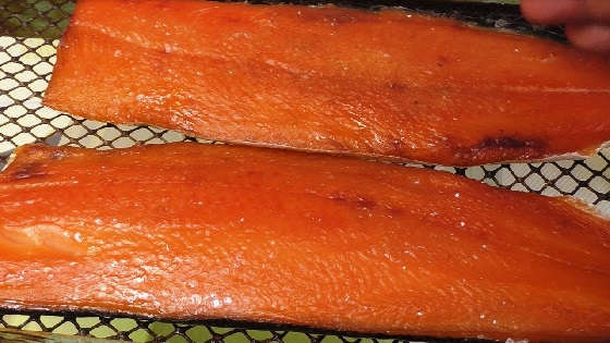 Простой рецепт засолки красной рыбы